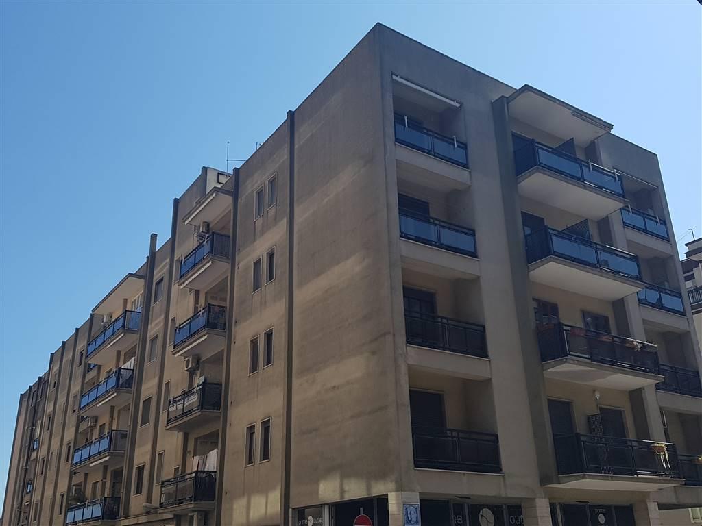 Trilocale in Via Taranto  59, Martina Franca