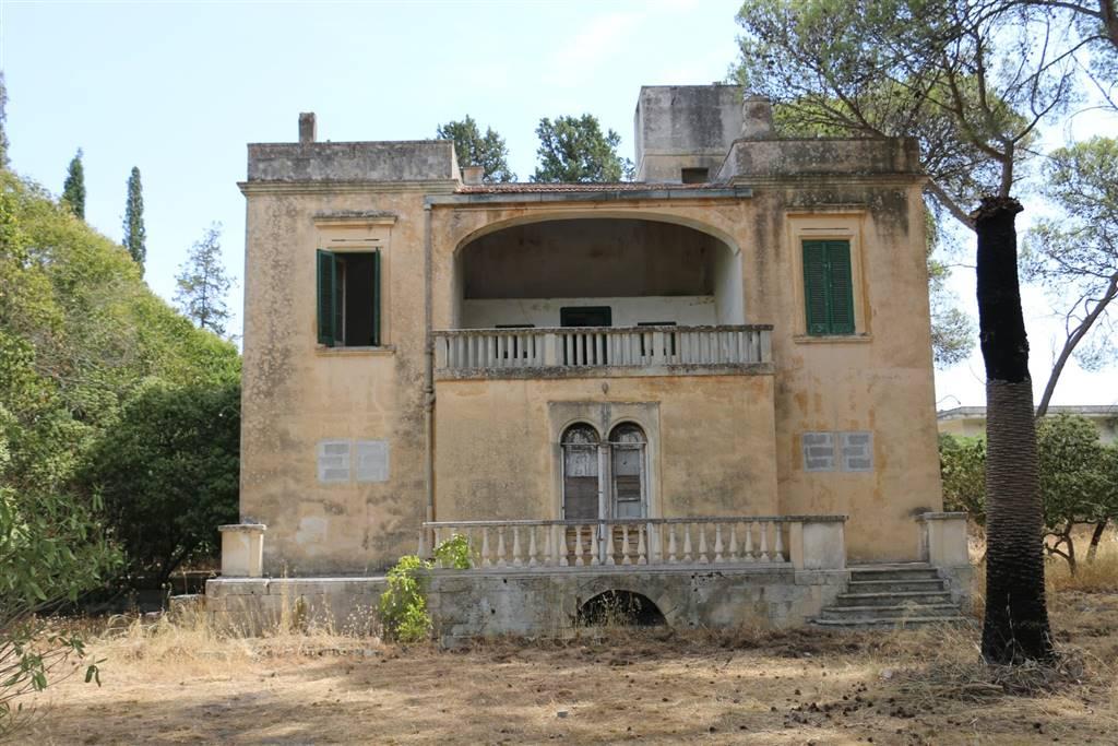 Villa, Rudiae, Lecce, da ristrutturare