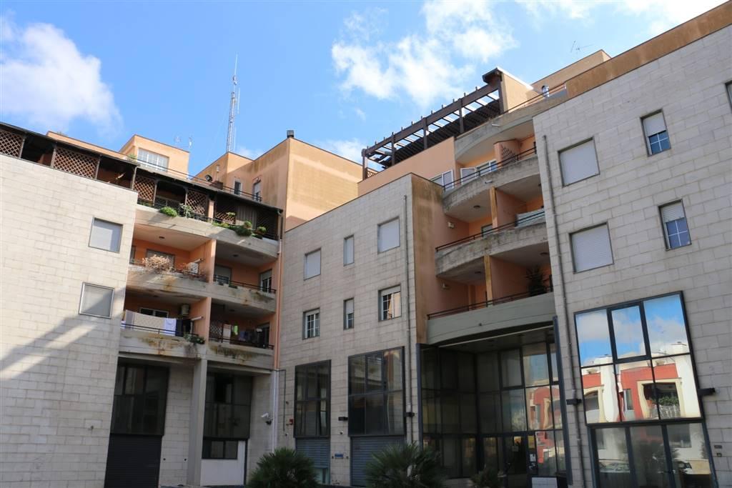 Trilocale in Via Pietro Del Tocco  58, Martina Franca