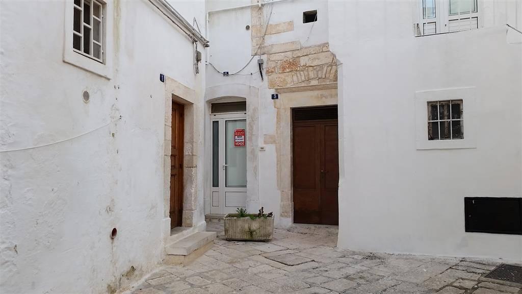 Soluzione Indipendente in affitto a Martina Franca, 1 locali, zona Località: CENTRO STORICO, prezzo € 350   CambioCasa.it