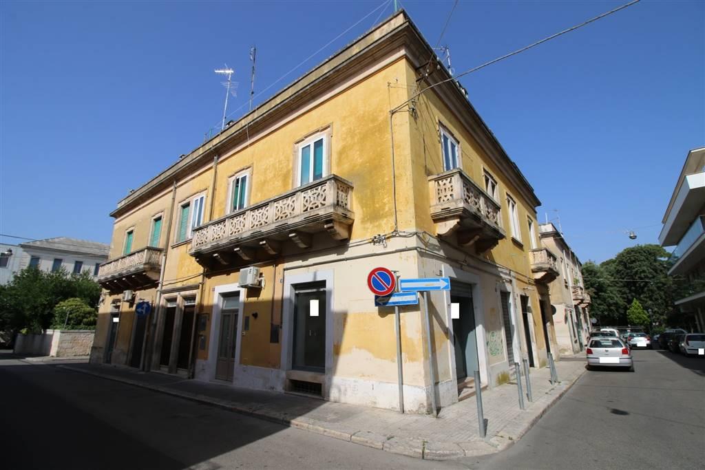 Soluzione Indipendente in affitto a Martina Franca, 1 locali, zona Località: CENTRALE, prezzo € 380   CambioCasa.it