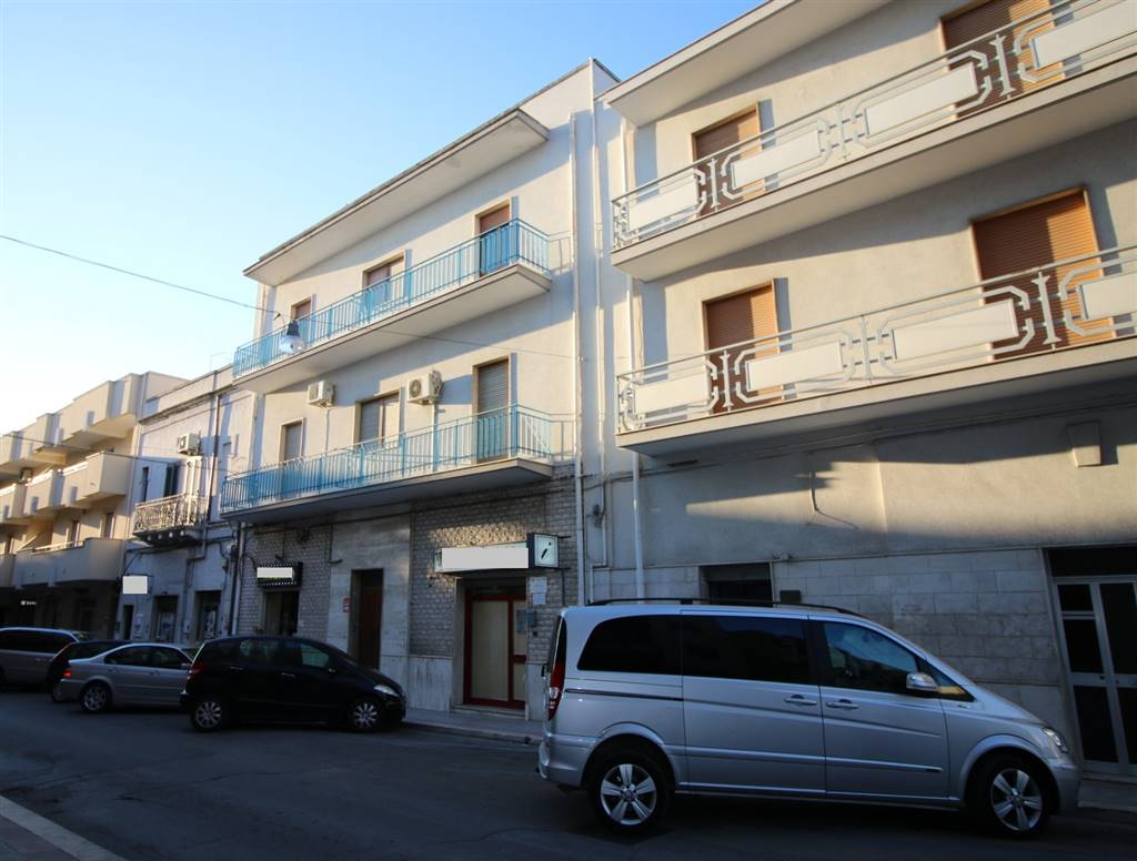 Quadrilocale in Via Vittorio Emanuele Iii 141, Crispiano