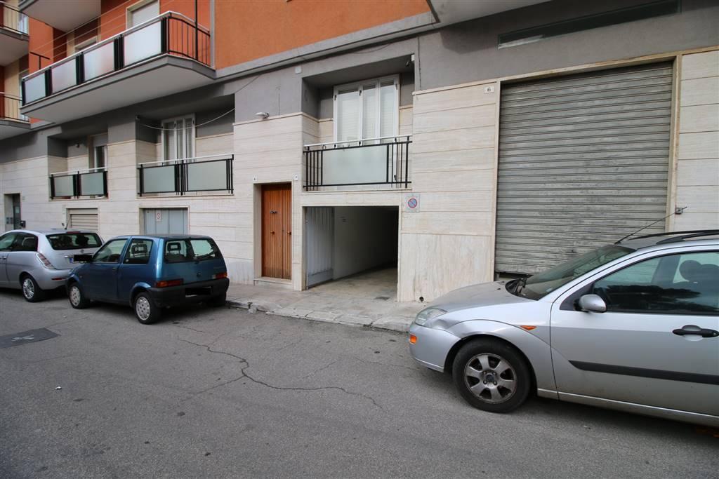 Box / Garage in vendita a Martina Franca, 1 locali, zona Località: CENTRALE, prezzo € 28.000 | CambioCasa.it