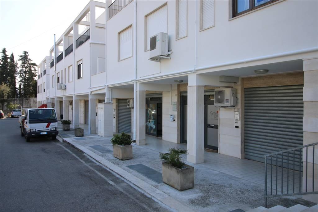 Laboratori bari in vendita e in affitto cerco laboratorio for Subito it appartamenti arredati bari