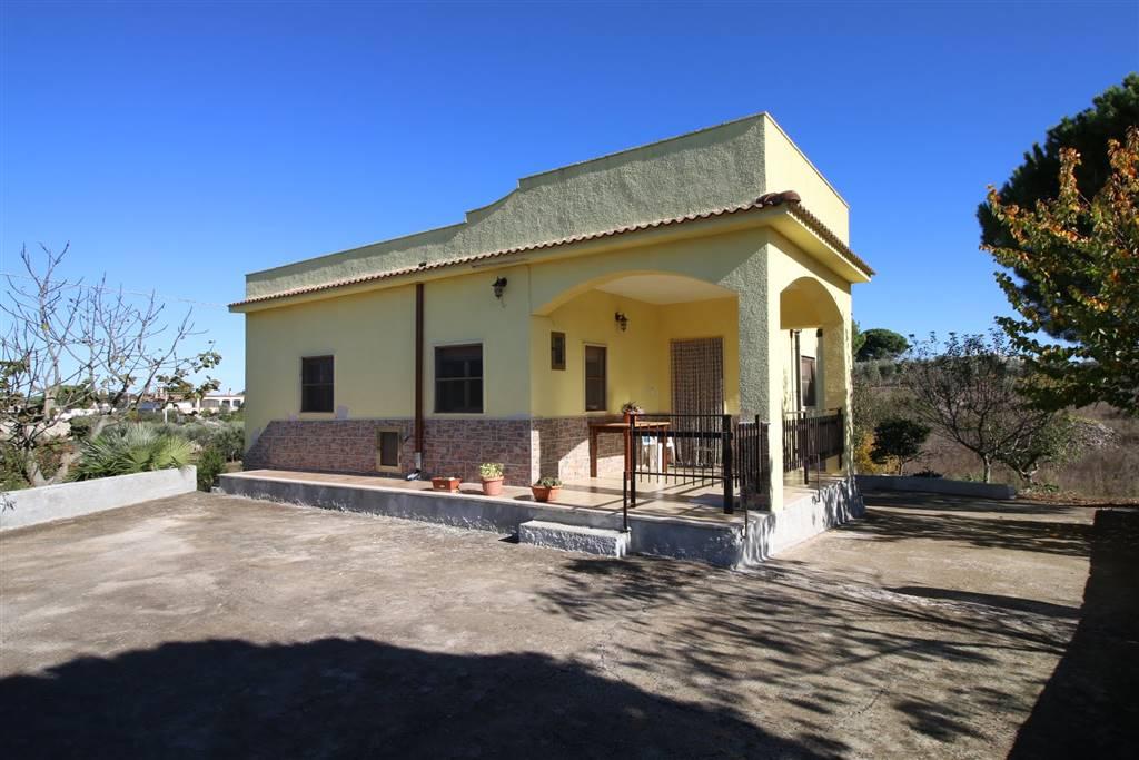 Villa in Strada Rospano, Martina Franca