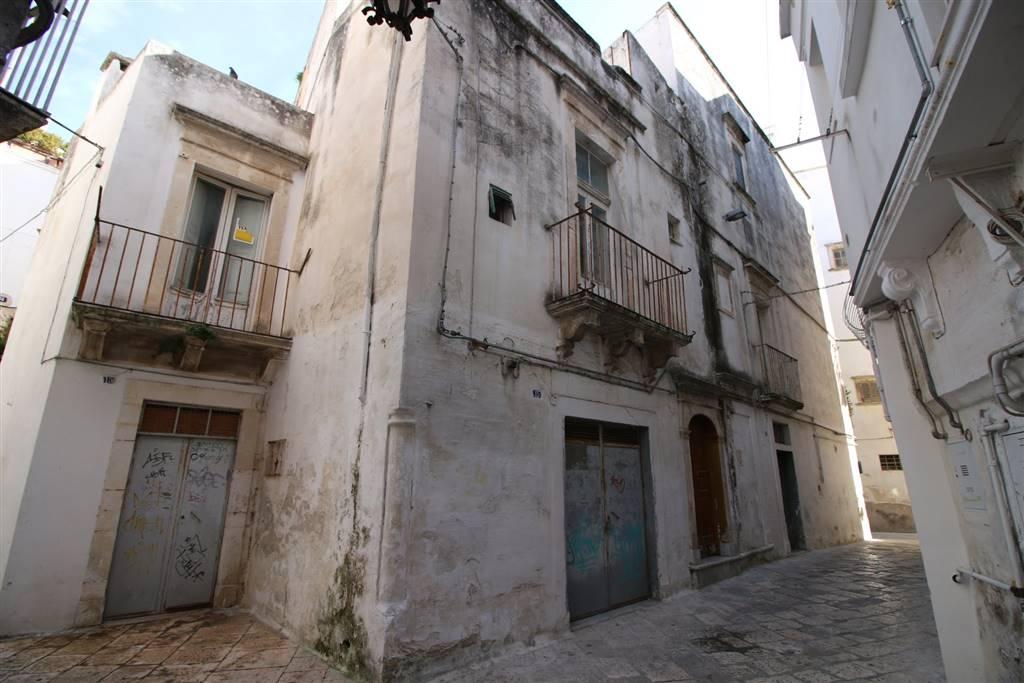 Palazzo in Via Tommaso Aniello Masaniello 19, Martina Franca