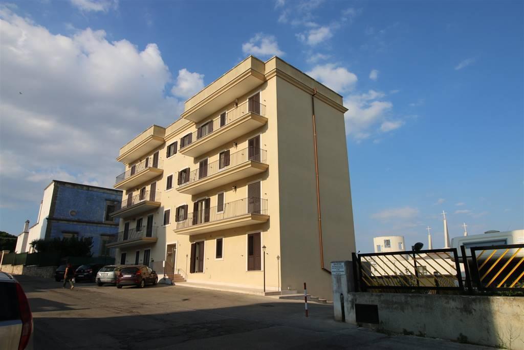Appartamento in affitto a Martina Franca, 3 locali, zona Località: DIREZIONE VIA MOTTOLA, prezzo € 550   CambioCasa.it