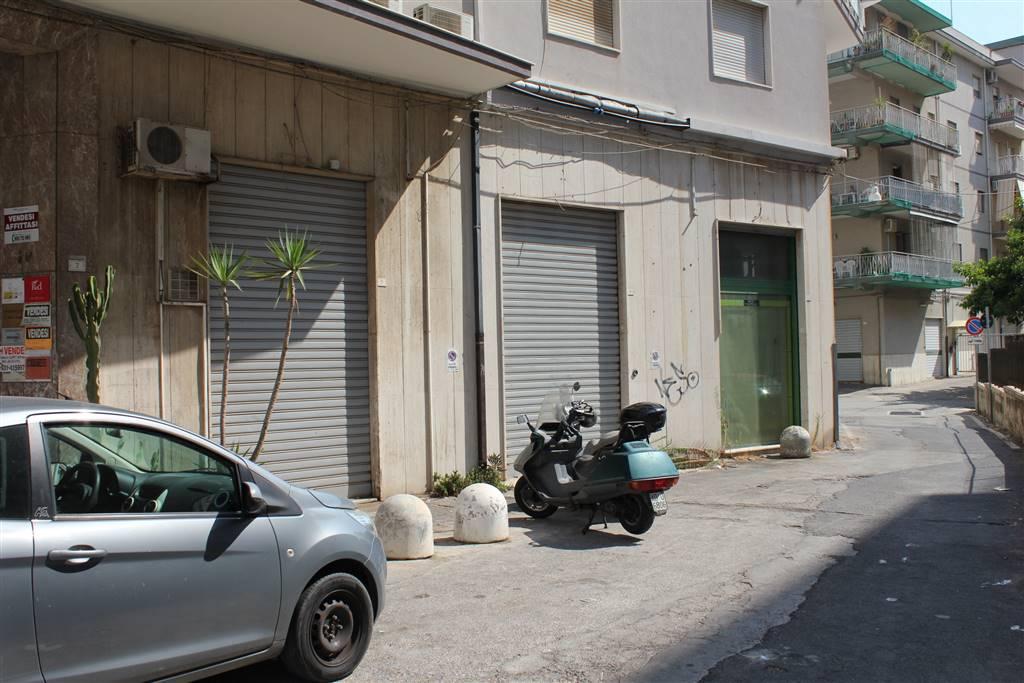negozi a siracusa in vendita e affitto - risorseimmobiliari.it - Negozi Di Arredo Bagno A Siracusa