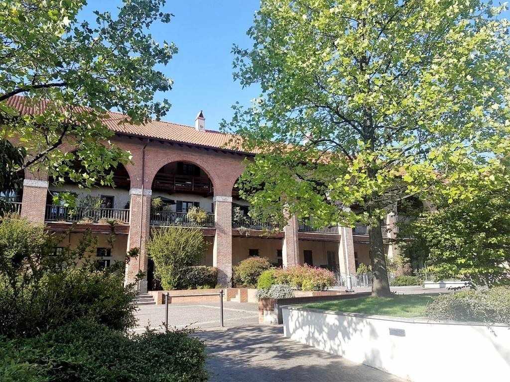 Appartamento in Via Carlo Borromeo  8, Oreno, Vimercate