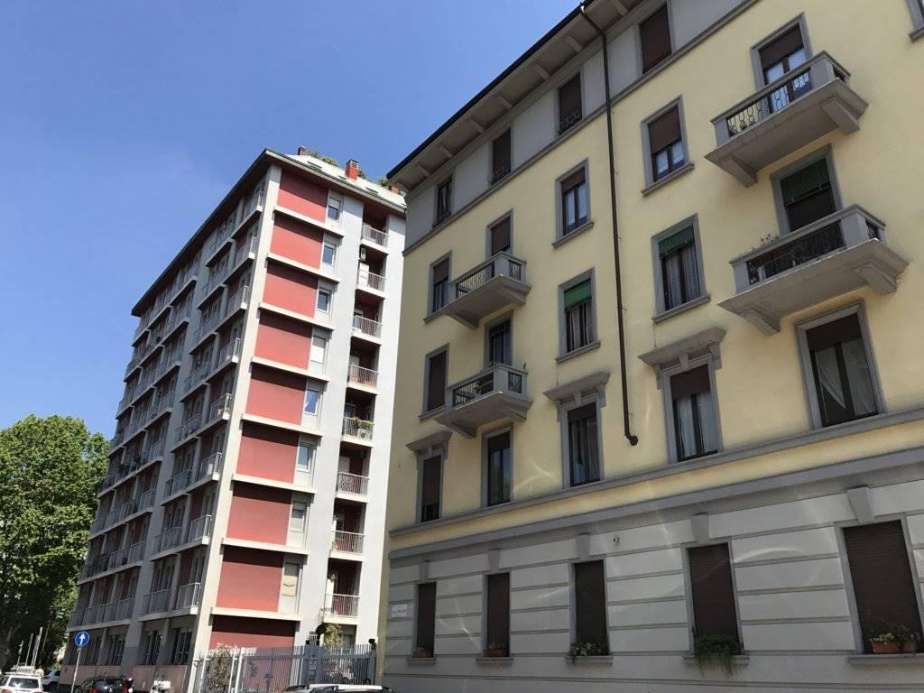Garage / Posto auto in Via P. Veronese 4, Fiera, Firenze, Sempione, Paolo Sarpi,arena, Milano