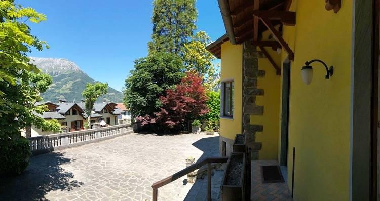 Villa in Via Roma 75, Barzio