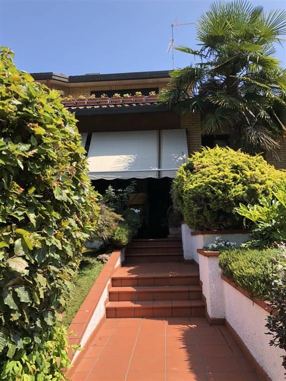 Villa vendita Caronno Pertusella