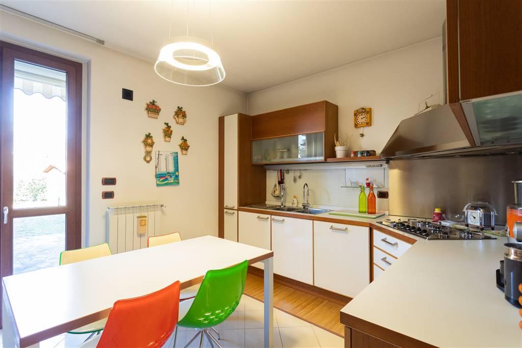 Villa in Via De Capitanei 2, Agrate Brianza