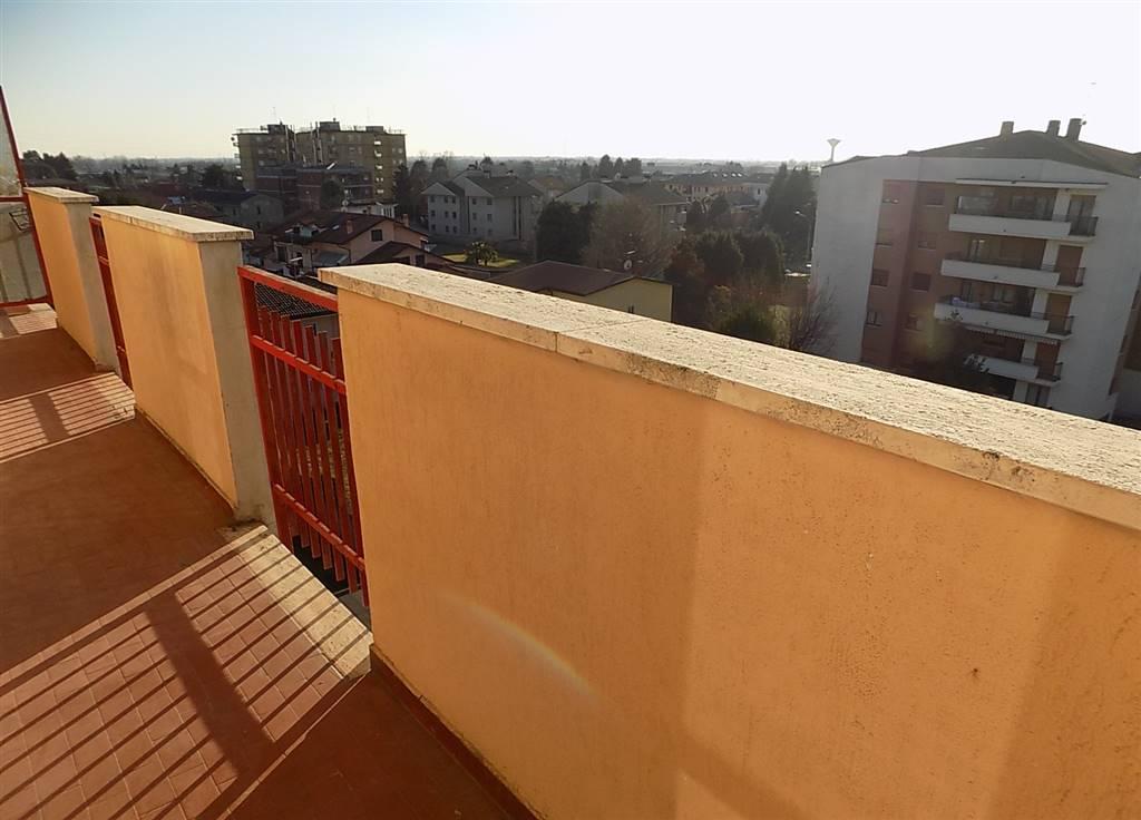 Cavenago appartamento 3 locali al quarto piano
