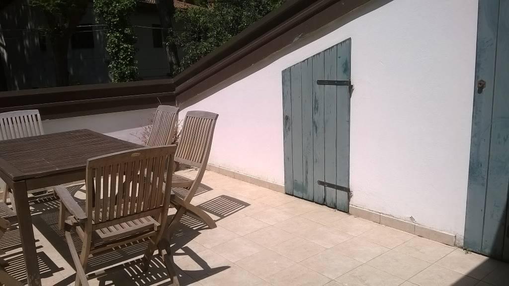 Villa a Schiera in affitto a Comacchio, 3 locali, zona Zona: Lido degli Estensi, prezzo € 2.700 | CambioCasa.it