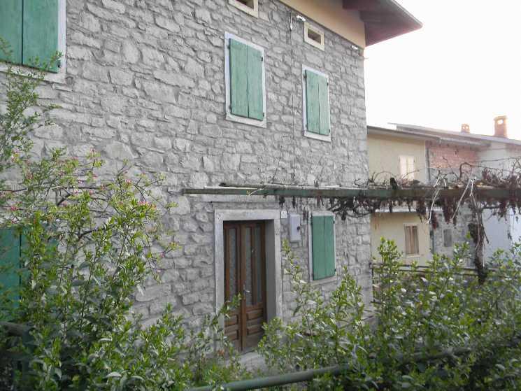 Affitto casa semi indipendente romanoro frassinoro for Siti di case in affitto