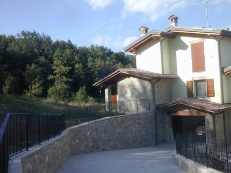 Villa, Serramazzoni, seminuova