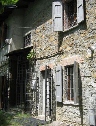 Rustico casale, Montefiorino