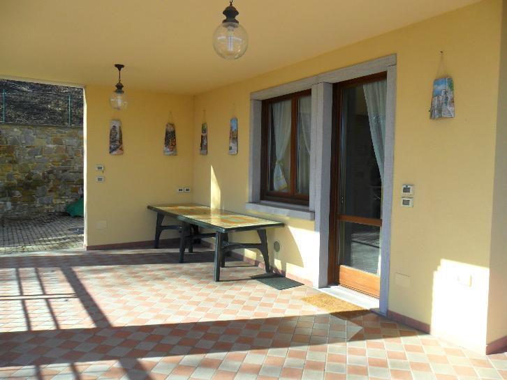 Villa, Montefiorino, seminuova