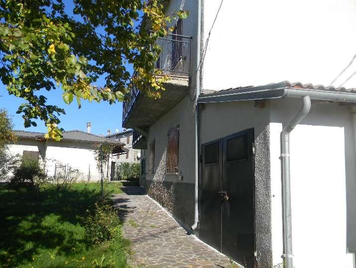 Casa singola, Romanoro, Frassinoro, in ottime condizioni