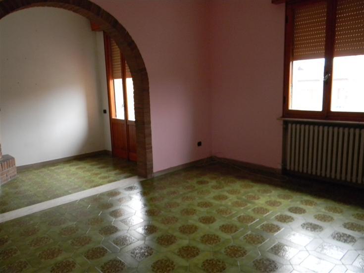 Appartamento indipendente, Castelvetro Di Modena, da ristrutturare