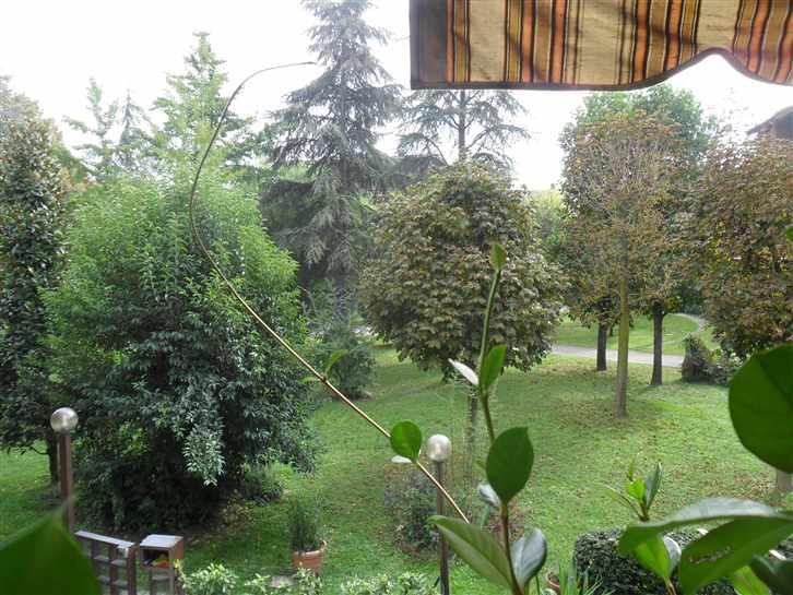 Villa a schiera, Villaggio Zeta, Modena, in ottime condizioni
