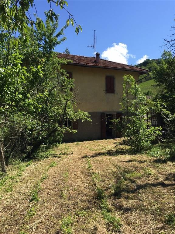 Rustico / Casale in vendita a Palagano, 10 locali, prezzo € 48.000 | CambioCasa.it