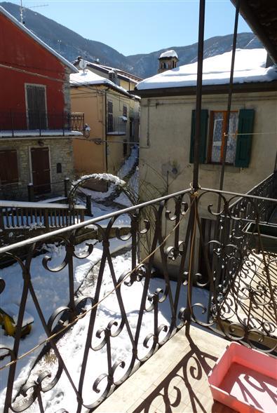 Casa semi indipendente, Montecreto, ristrutturato