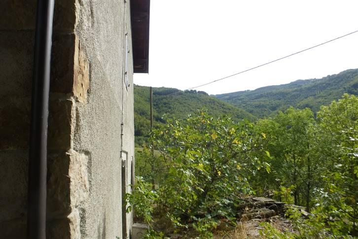 Rustico casale, Canevare, Fanano, da ristrutturare