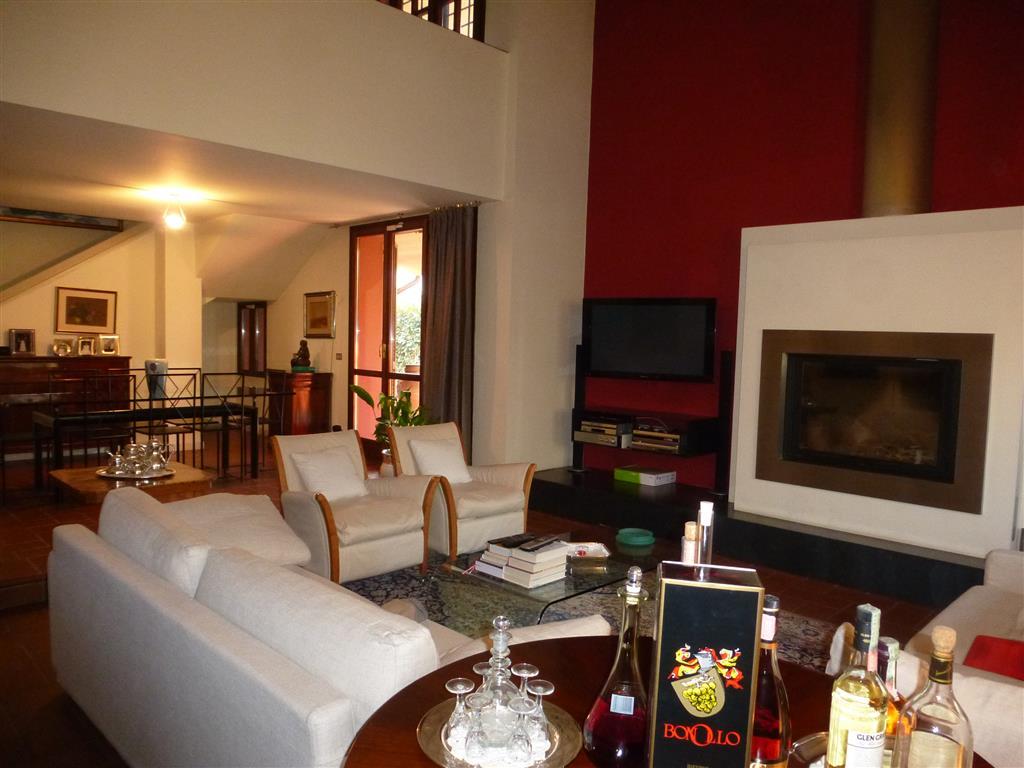 Villa, Castelfranco Emilia, in ottime condizioni
