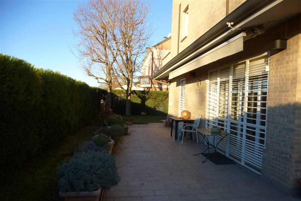 Appartamento indipendente, Villaggio Zeta, Modena, seminuovo