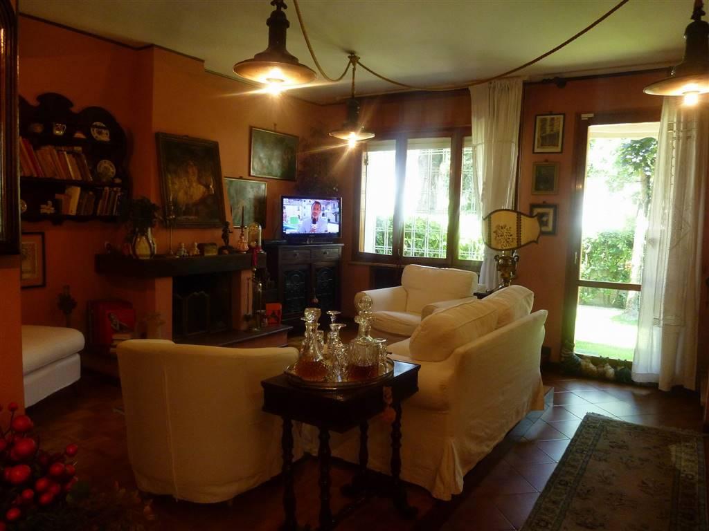 Villa a schiera, Baggiovara, Modena