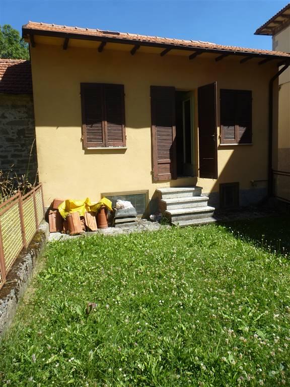Casa semi indipendente, Frassinoro, da ristrutturare
