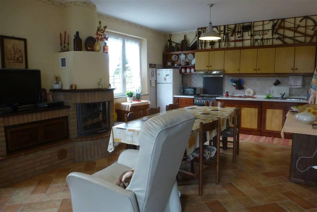 Villa, Montefiorino, in ottime condizioni