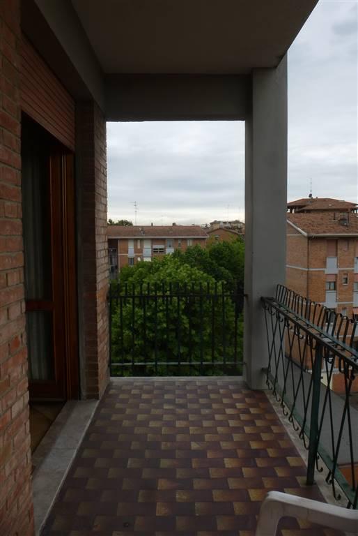 Quadrilocale, Musicisti, Modena, da ristrutturare