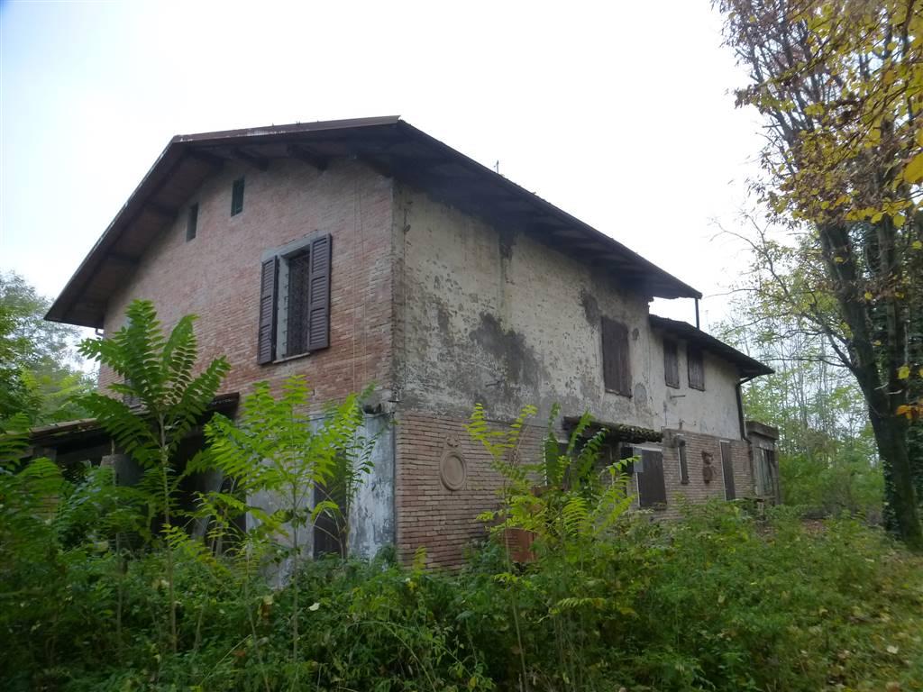Rustico casale, Castelnuovo Rangone, da ristrutturare