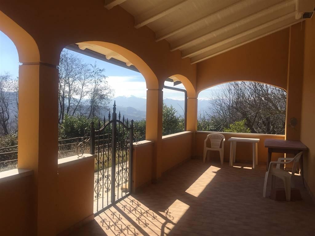 Villa, Verica, Pavullo Nel Frignano, in ottime condizioni