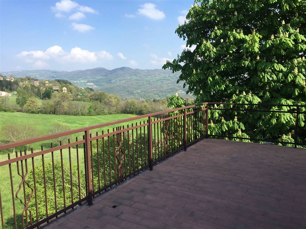 Casa semi indipendente, Casola, Montefiorino, da ristrutturare