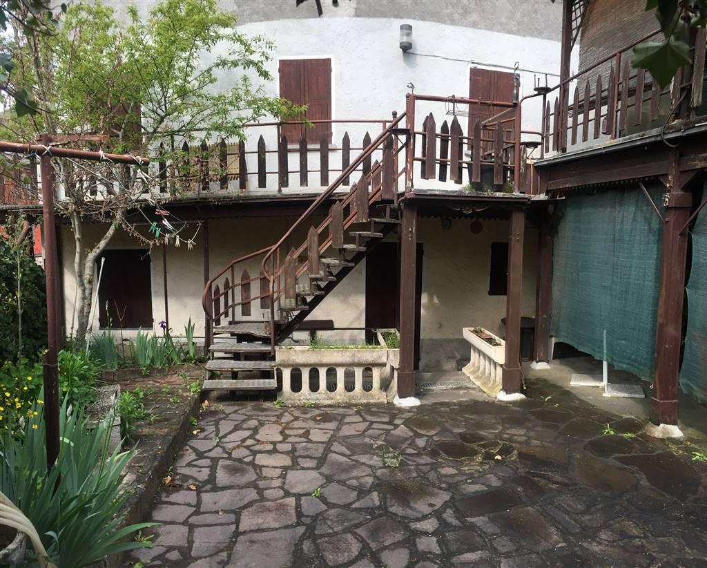 Casa semi indipendente, Gombola, Polinago