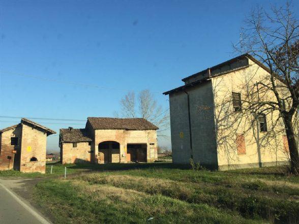 Casa singola, Castelnuovo Rangone, da ristrutturare