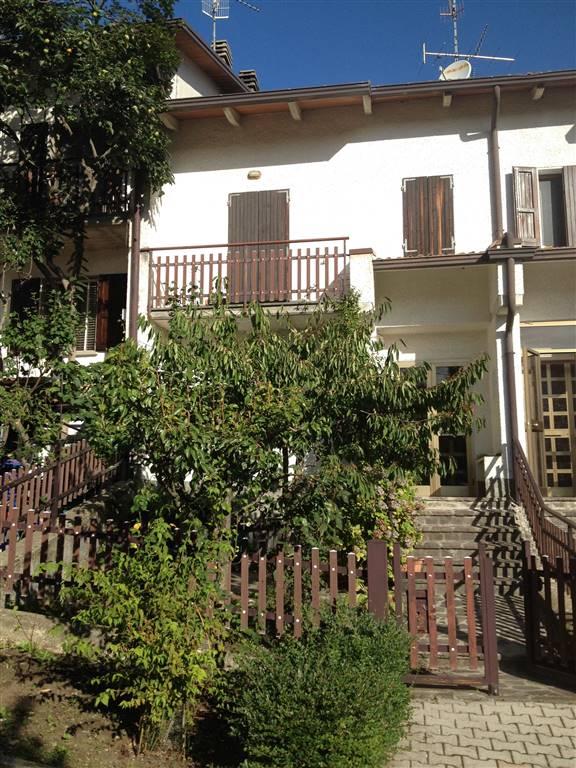 Villa a Schiera in vendita a Toano, 5 locali, prezzo € 68.000 | CambioCasa.it