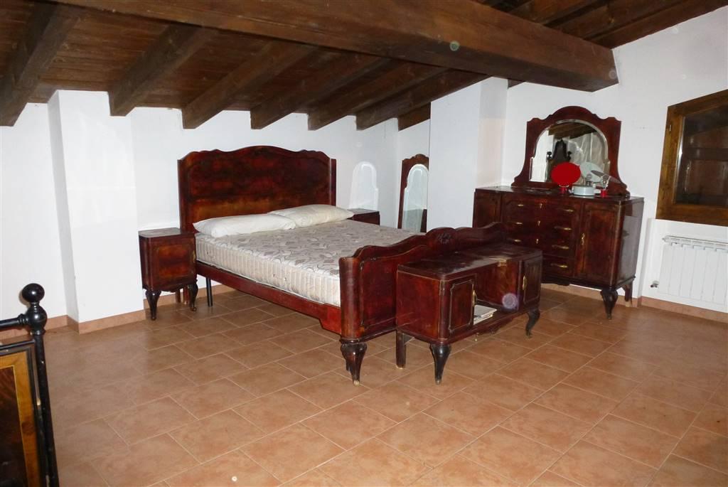in vendita Rustico casale, Monteombraro, Zocca, abitabile ...