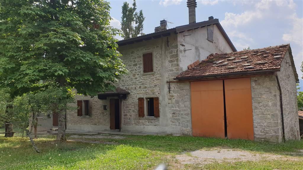 Casa semi indipendente, Acquaria, Montecreto