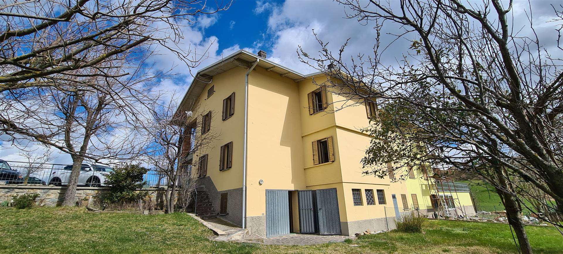 Duplex villa in MONTESE