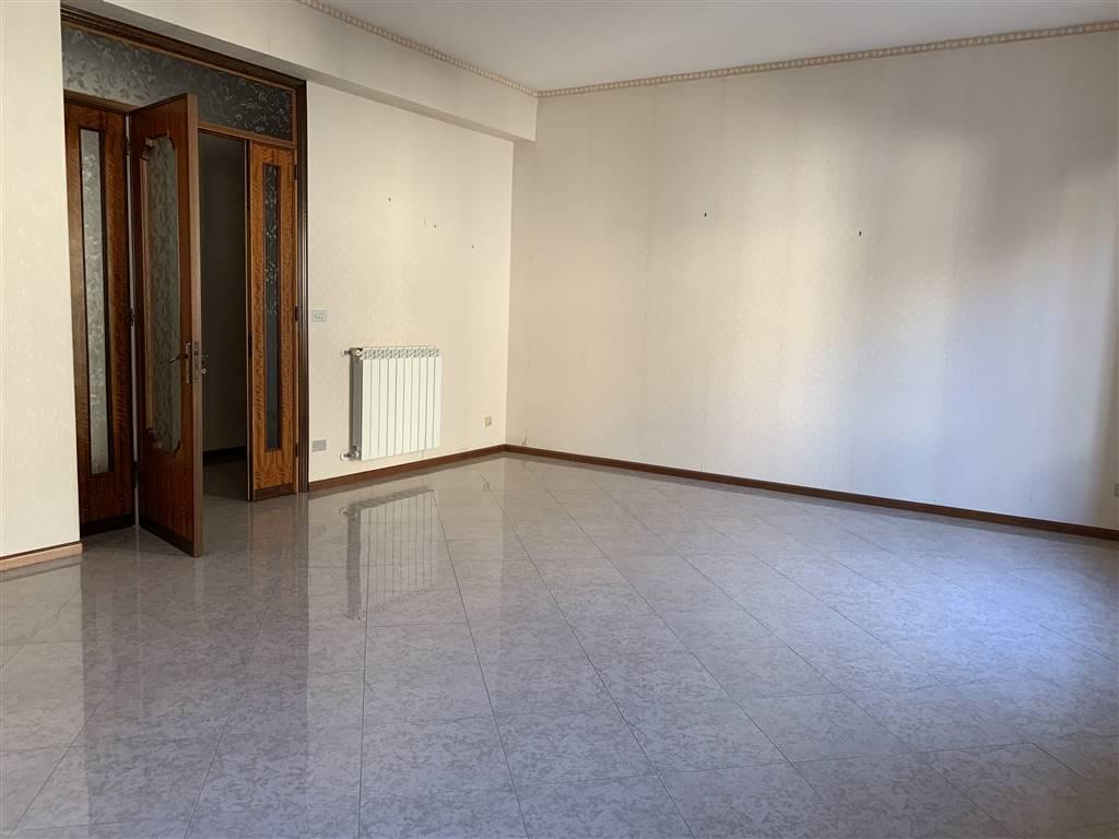 Appartamento in Via Menna, Misterbianco