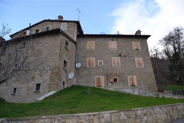 Appartamento in affitto a Grizzana Morandi, 3 locali, zona Zona: Monteacuto Ragazza, prezzo € 250 | CambioCasa.it