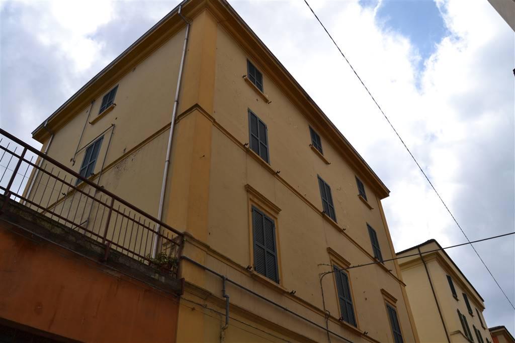 Appartamento in vendita a Porretta Terme, 3 locali, zona Località: CENTRO, prezzo € 65.000   CambioCasa.it