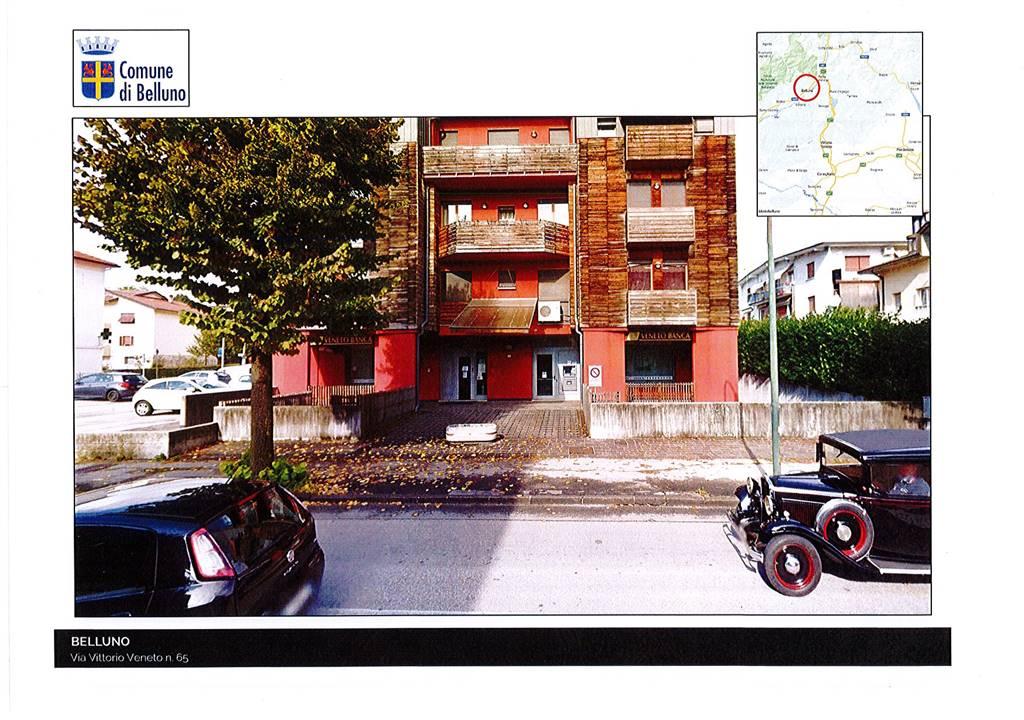 Negozio / Locale in affitto a Belluno, 9999 locali, zona Zona: Centro storico, Trattative riservate | CambioCasa.it