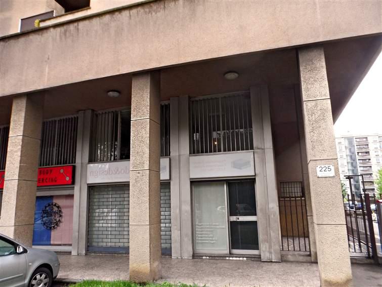 Negozio / Locale in vendita a Cinisello Balsamo, 9999 locali, zona Zona: Cinisello, prezzo € 243.000 | CambioCasa.it