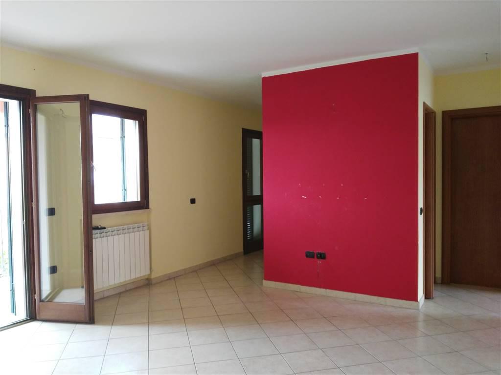 Bilocale in Via Dei Pressio Colonnese ., Semiperiferia Periferia, Terni